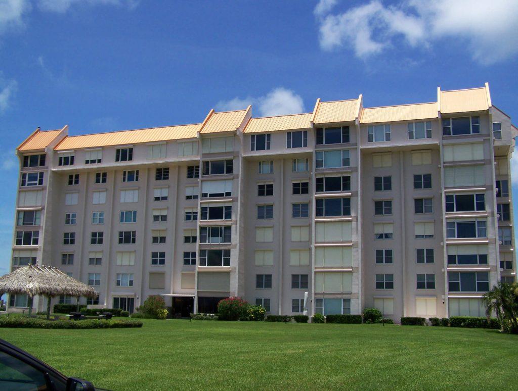 Edgewater Arms Condominium