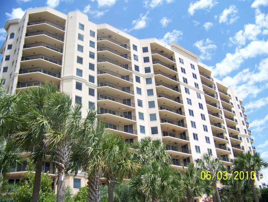 Castillo Towers at Westshore Yacht Club